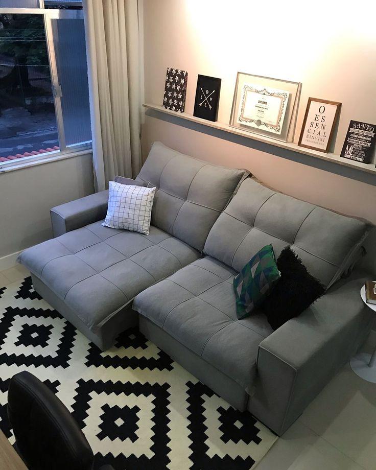 A imagem pode conter: pessoas sentadas, sala de estar e área interna   – Decoração sala pequena