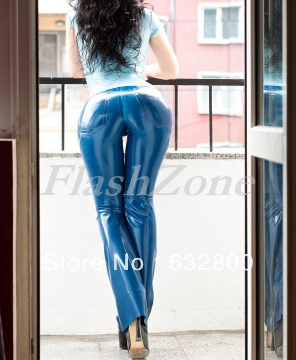 Pantaloni in lattice di gomma jeans in  Descrizione dettagliata del…