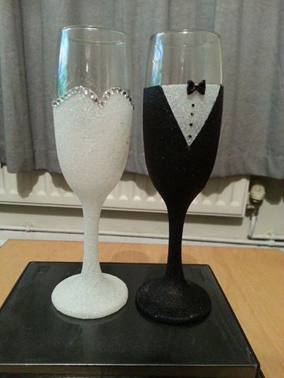 Wedding bride and groom glitter champagne flutes glasses