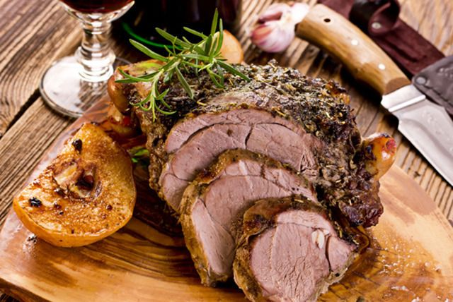 Sunday Carvery & Wine for 2