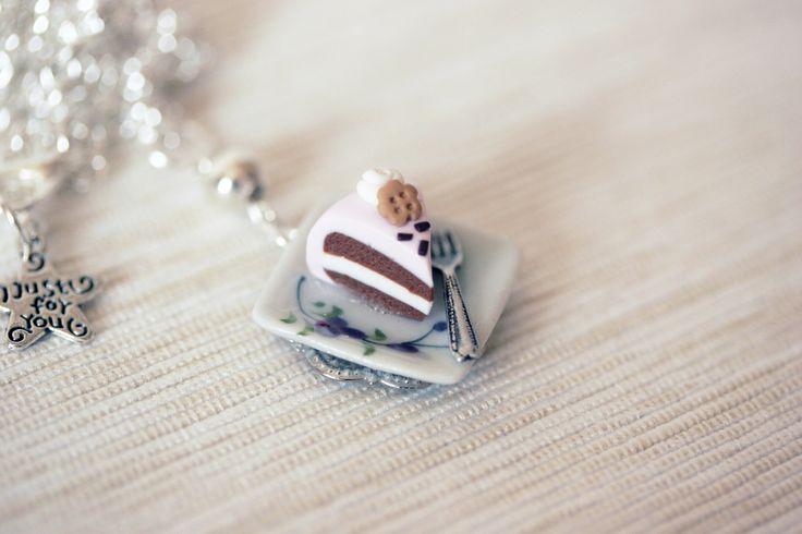 Chocolate cake! :D https://www.facebook.com/happybeelab