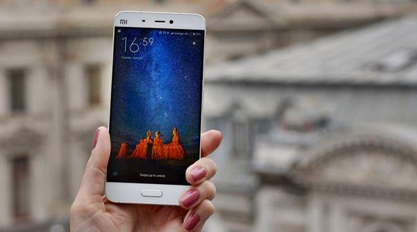 Un studiu facut de cei de a iMend care este cel mai important service pentru reparatii telefoane existent in Marea Britanie a facut un raport in care arata ca in jur de 19 milioane de britanici isi folosesc telefaoanele inteligente partial stricate. http://android-romania.com/britanicii-folosesc-telefonul-doar-partial/