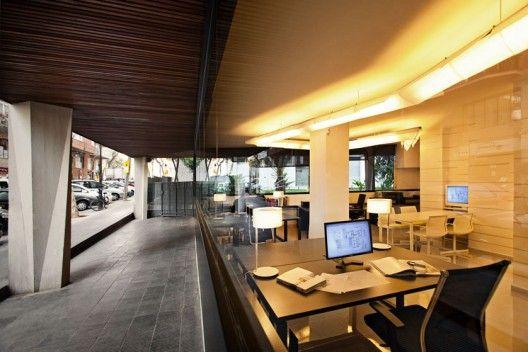Architecture Studio in Barcelona / Dom Arquitectura