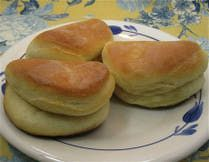 Parker House Rolls: Daily Breads, Grandmothers Parker, House Rolls, Breads Recipes, Rolls Recipes, Parkerh Rolls, Dinners Rolls, Parker House Rol, Favorite Recipes