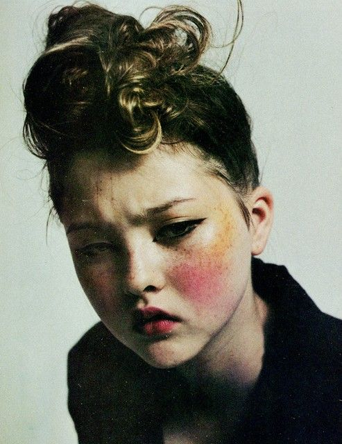 Different coloured blush - Turn the dark on, Devon Aoki by Mario Sorrenti, for the face October 1996.