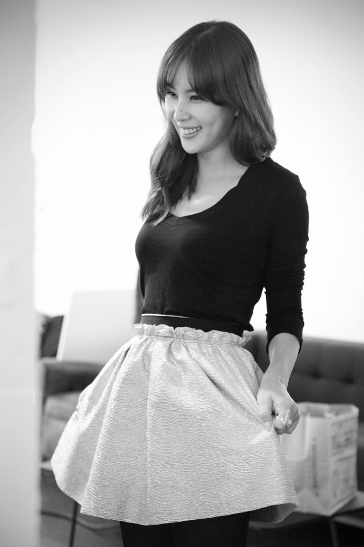 Ko So Young, to be honest I am not really a fan of her but she looks so pretty in this b picture