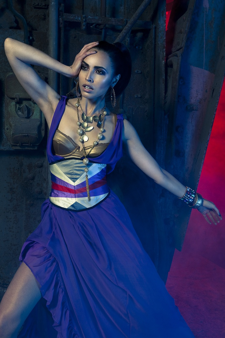 © Clemens Bednar - Evening Dress and  Belt by Clara Waldburg Couture