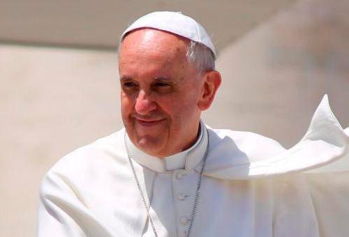 """La Iglesia que es santa no es solo de los """"puros"""" y está abierta a los más lejanos"""