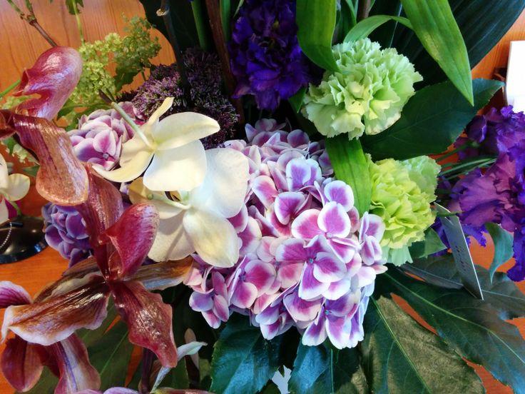 Detalle de un arreglo muy especial | Bourguignon Floristas #flowers #spring