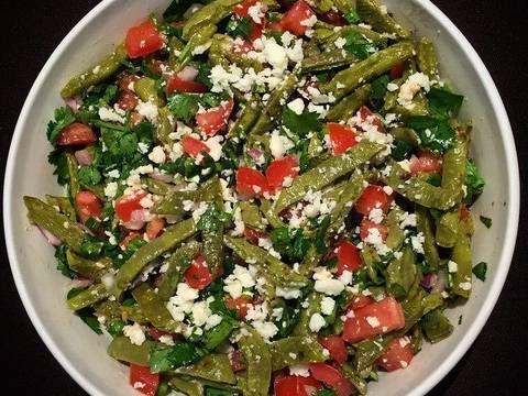 Ensalada de nopales Receta de Culinaryexperiencewithdiosa - Cookpad