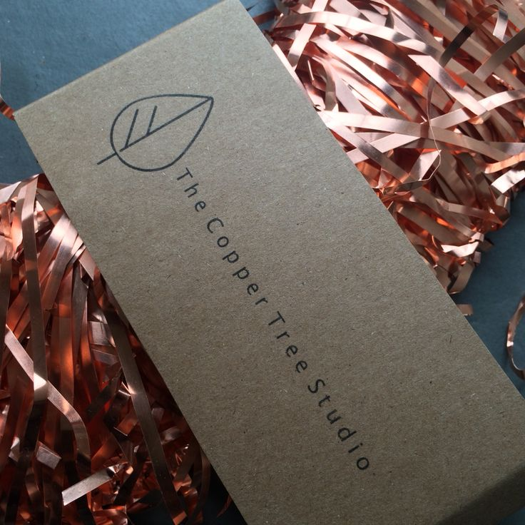 The Copper Tree Studio. We are a UK based company who hand make all our products from solid copper. We love exploring the beauty and versatility of copper and how it can be incorporated within our homes and be used to create lasting gifts that subtly change with time.  #copper #wreath #home #gift #decor #minimal #handmade #uk #lasting