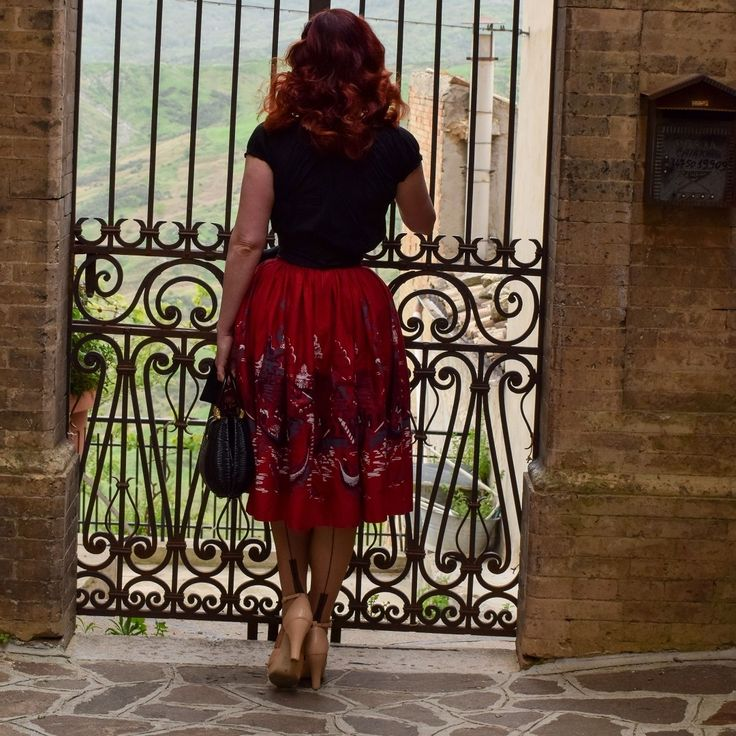 A weekend in Italy showed off What Katie Did's fully Fashioned Full Contrast Cuban Heel Stockings to perfection