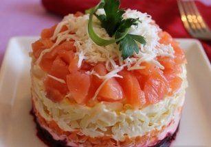 """Новогодние рецепты, рецепт салата на праздничный стол, салат """"Семга на шубе"""" украсит Ваш гостевой стол, вкусный и необычный салатик """"Семга на шубе"""", салат """"Семга на шубе"""" удивит Ваших гостей, набор продуктов для салата """""""
