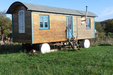 Schau Dir dieses großartige Inserat bei Airbnb an: Bauwagen Ostseeurlaub - Blockhütten zur Miete in Munkbrarup