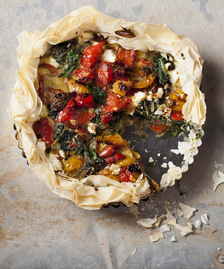 Spinach, sweet pepper and feta phyllo tart