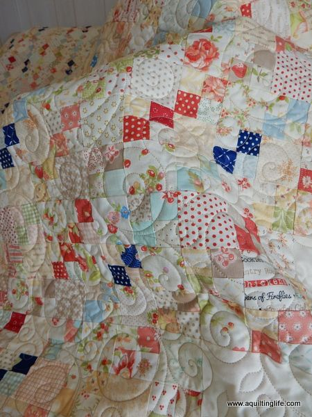 A Quilting Life - a quilt blog: Scrappy Patchwork Quilt Finish