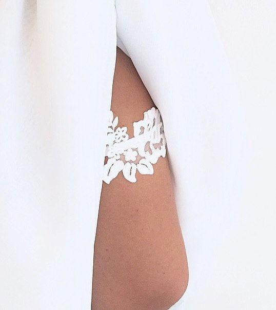 Zmysłowa podwiązka ive  #podwiazka #slub #pannamloda #prezent #niespodzianka #woman #wedding #garter #bride #bridal #gift #wesele #podarunek #handemade #slubnepomysly #ozdobyslubne #slubneinspiracje #kobieta #koronka #weddingidea #milosc #wieczorpanienski #dodatkislubne #bieliznaslubna #lingerie #trojmiasto #musthave #sukniaslubna #zareczyny #podwiązka