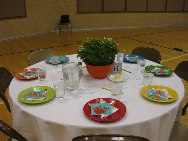 Decorated a table at a church dinner