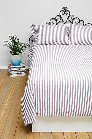Essenza Karierter Bettbezug für Kingsize-Betten in Rot - Urban Outfitters