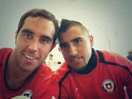 Claudio y arturo vidal selfies