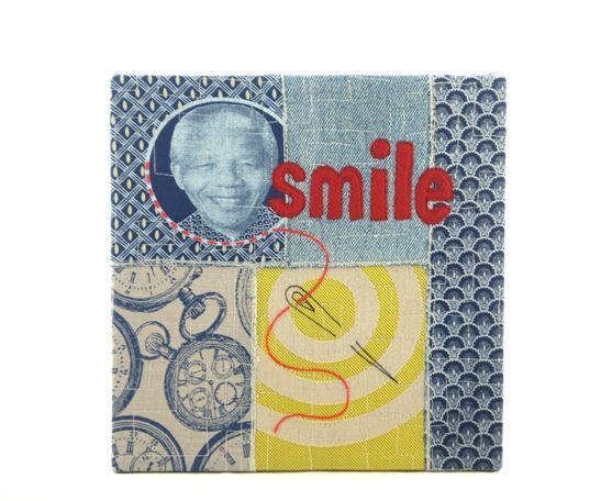 Wanddecoratie van Molomimi, Port Alfred, Zuid Afrika. 'Smile'. fairtrade, eerlijk, mooi, werkgelegenheid, design, leuk, apart, bijzonder, exclusief, uniek, mural, wandornament