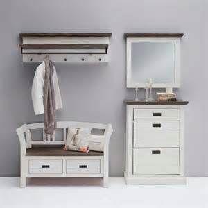 25 best ideas about garderobe landhausstil on pinterest. Black Bedroom Furniture Sets. Home Design Ideas