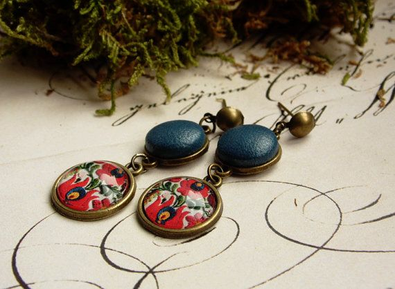 Hungarian folk, floral earring, bronze earring, red tulips, beautiful hungarian jewelry, glass jewelry, colorful earring with blue leather