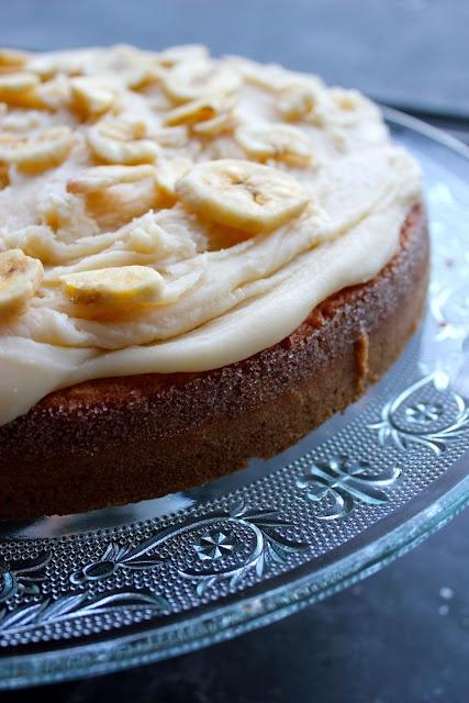 Butterless Banana Breakfast Cake