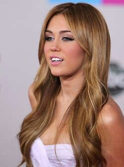 Miley Cyrus Makeup. She was so lovely as hanna montana.