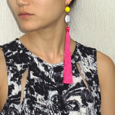 タッセルピアス《ピンク》 ¥4,500