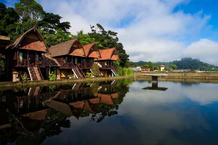 ... Kedisan's Floating Restaurant, Bali, Indonesia | by Keris Tuah