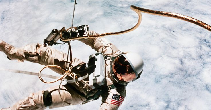 45 Photographs That Show How Space Exploration Has Evolved ...