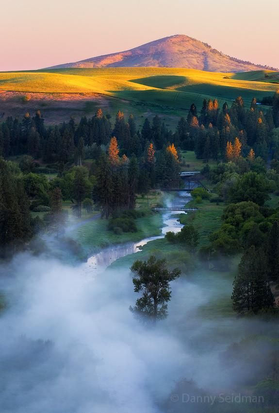 Palouse Sunrise, Eastern Washington, USA, photo by Danni Seidman