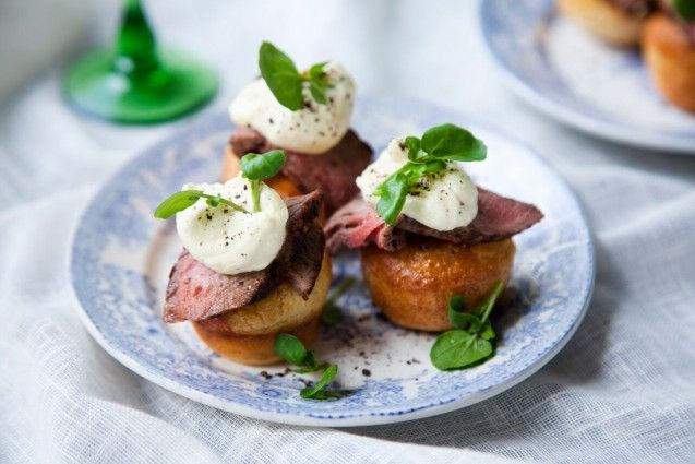 Best 20 mini yorkshire puddings ideas on pinterest for Roast beef canape