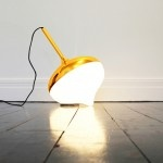 Spun, a lamp that recreates a childhood toy