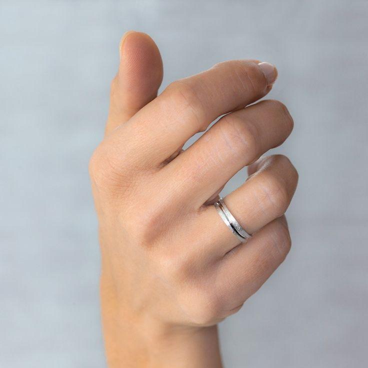 Alianza de boda de oro blanco Argyor 18k con efecto hielo 5b40511.