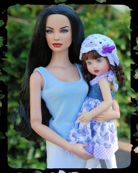 Elena & Her Daughter