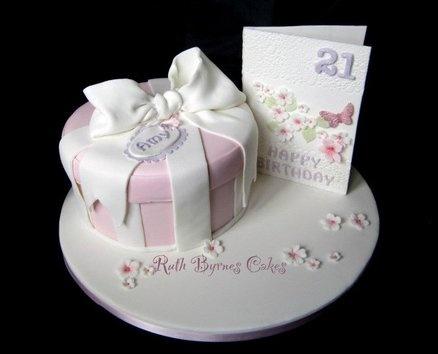 58 best giftbox cakes images on pinterest gift boxes petit giftbox cake negle Images