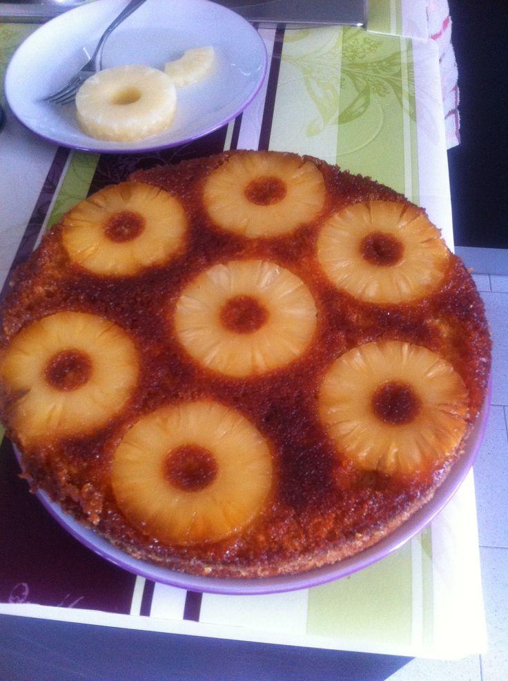Torta ananas con caramello