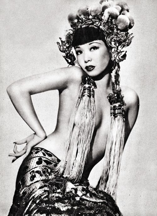 Perhaps a Vintage Burlesque babe like Noel Toy