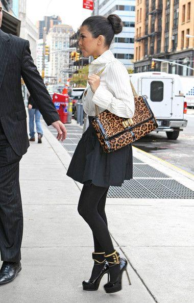 Kourtney Kardashian: Shoes, Kourtney Kardashian, Buns, Skirts, Kourtneykardashian, Style Icons, Leopards Prints, Bags, Hot Outfit