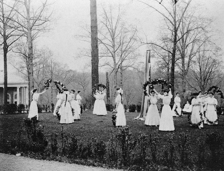 May Day History Including The Maypole Dance