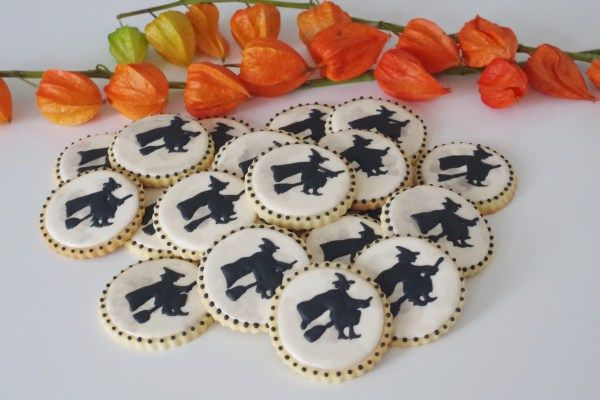 halloween cookies, by doctorcookies