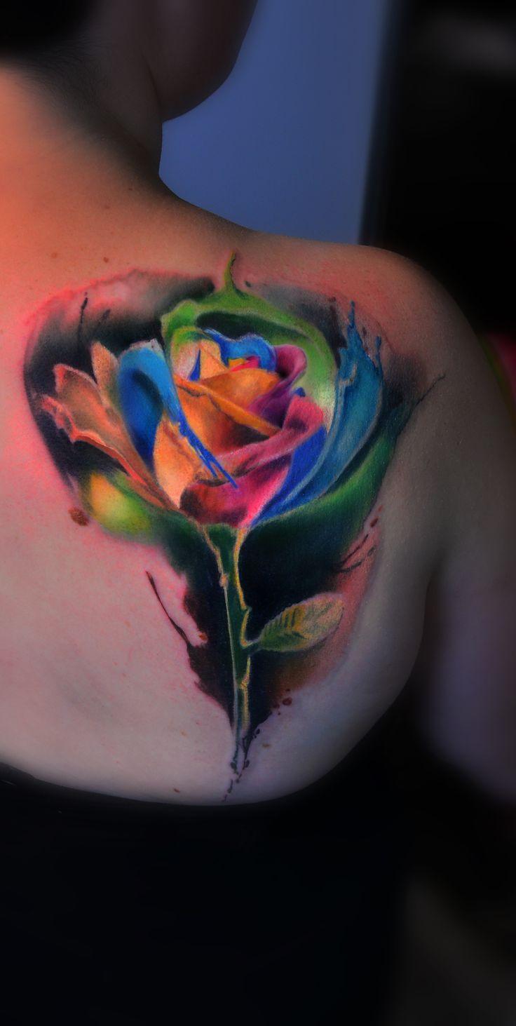 watercolor tattoo,wassefarben tattoo,watercolor tattoo,flower,rose,rose tattoo,aquarell tattoo,tattoo rose,blume tattoo,blume,girl tattoo,tattoo girl,tattoo bunt,rosen tattoo