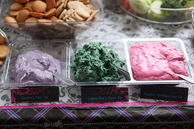 Monster High party foods - themed snack dip. Other themed foods too. Saige's 6th birthday