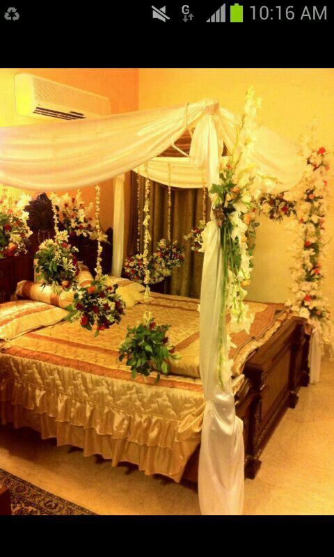 Bed for wedding night45 best Wedding Bed Decoration images on Pinterest   Wedding night  . Pakistani Wedding Room Decoration. Home Design Ideas