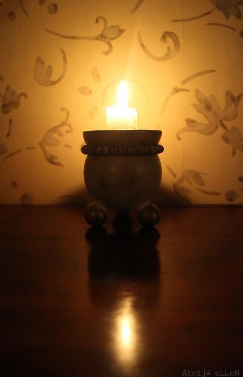 A small candle in the evening light...à la eLLeN http://instagram.com/ateljeellen/