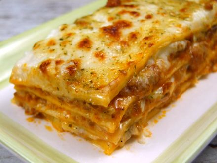8 foi lasagna (Barilla am folosit), 1 portie ragu,...