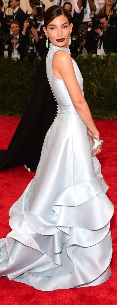 Lily Aldrige wearing a stunning Carolina Herrera gown at the Met Gala, 2015.