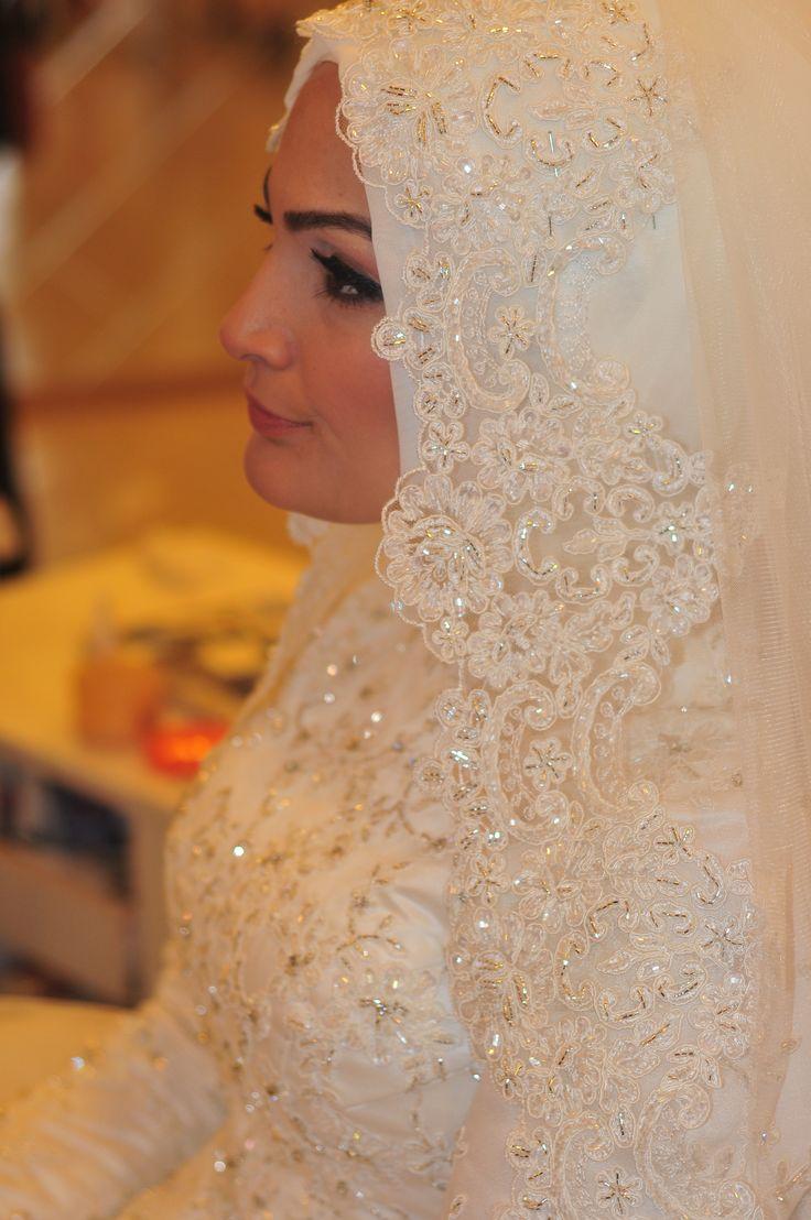 Bridal Hijab, veil, headscarf, hijabi bride, elegant